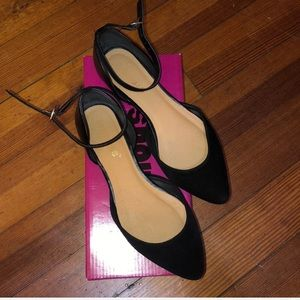 Pointed Flats with Strap